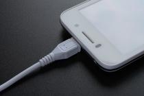 스마트폰 배터리 수명 늘리는 유용한 팁!